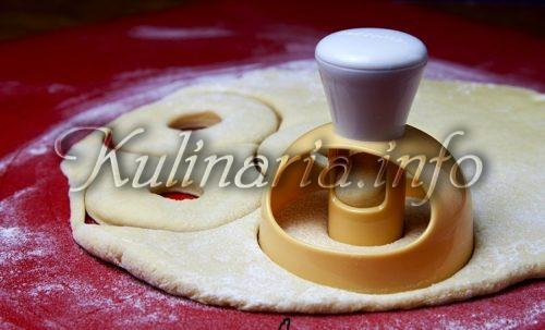 вырубка для пончика