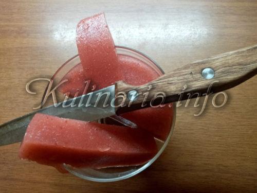 клубничное суфле в креманке