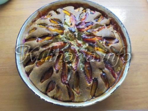 пирог со сливами быстро