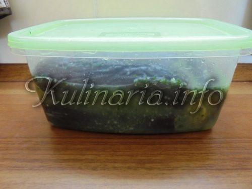 закуска из баклажанов в контейнере