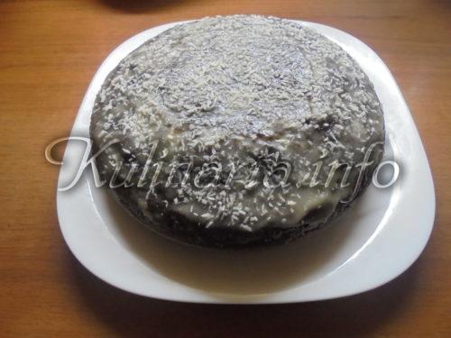 сладкий пирог на кефире в мультиварке