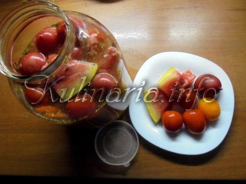квашеные помидоры с арбузом