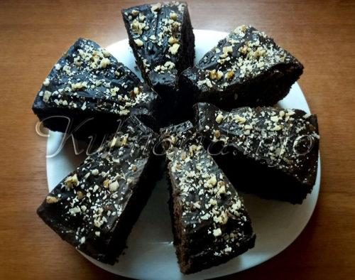 Шоколадный кекс на сметане