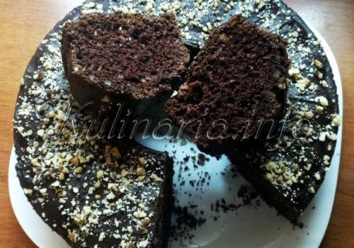 Шоколадный кекс на сметане в разрезе