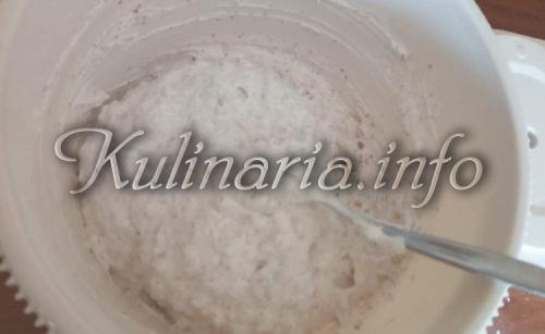 орехи и белки на Торт Рахат
