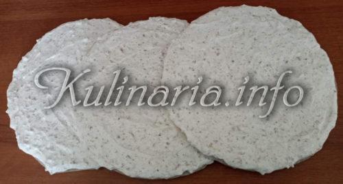 ореховое тесто на Торт Рахат в духовке